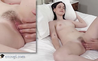 Dick Muncher Remi Jones Is Thirsty for Eating Some Cock!