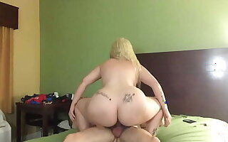 Pawg hooker thunder claps on my cock - look at fro content on Snap Chat - Nolavideos504